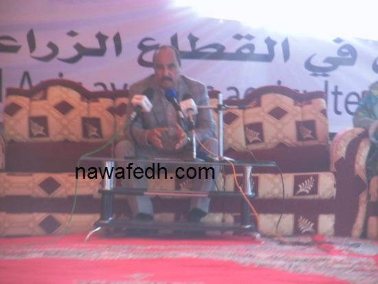 الرئيس عزيز خلال اجتماع أمس بالمزارعين في اركيز