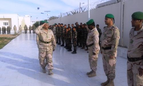 قائد الثانوية يحيي عددا من ضباط الثانوية