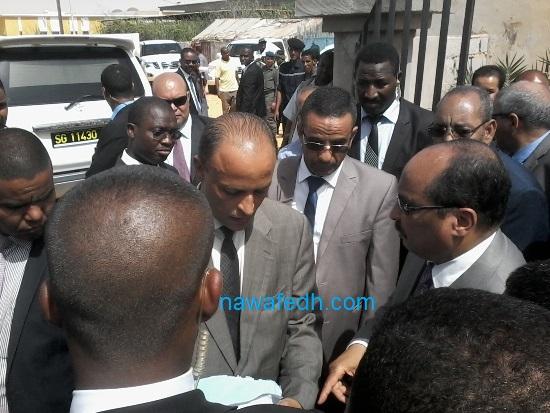 الرئيس يصدر أوامر لمدير الحالة المدنية بضرورة تسوية بعض المشاكل