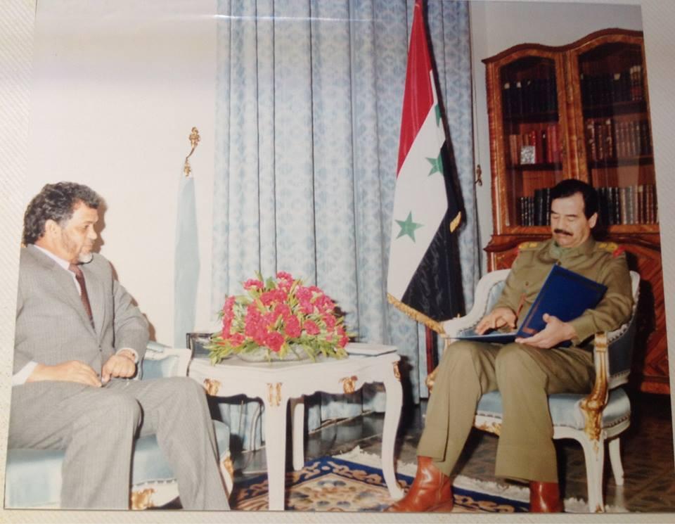 الشهيد صدام حسين مع المرحوم الشيخ ولد بوكة