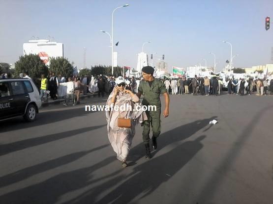 وزير النقل تتصل بوزير النفط محاولة أن تهتدي لموقعه في المسيرة وهو بجانبها