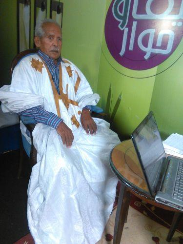 الوزير والسفير السابق اعل ولد علاف أول موريتاني يحصل على الباكلوريا من مدينة أطار