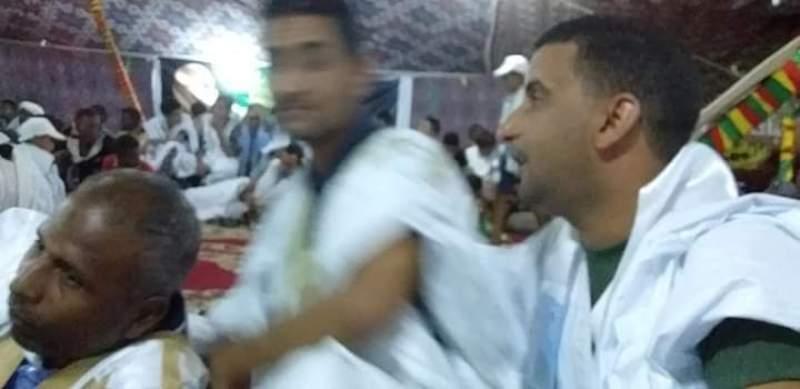من اليمين الدكتور الشيخ سيدي المختار ابوه