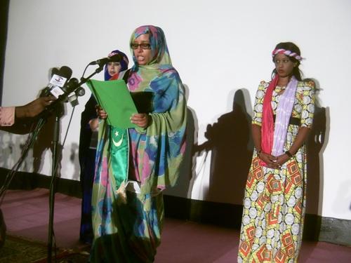 وزيرة الثقافة خلال افتتاحها النسخة العاشرة من المهرجان