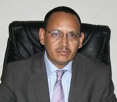 امبارك ولد محمد المختار / وزير المياه الموريتاني