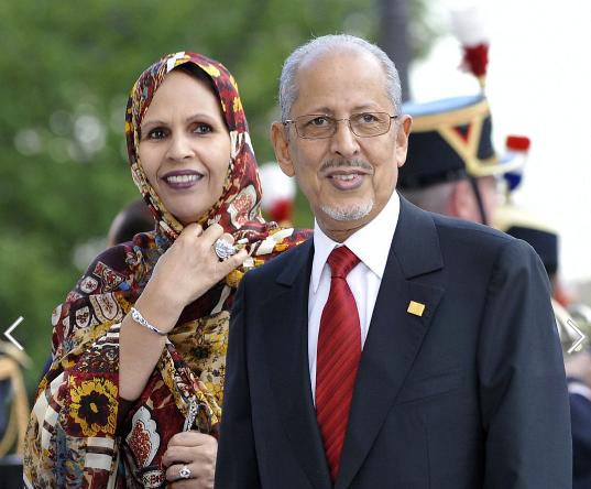 الرئيس سيدي وزوجته ختو