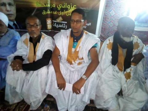 من اليمين منسق حملة ولد الغزواني بشكار الدكتور عبد الله ولد سعيد
